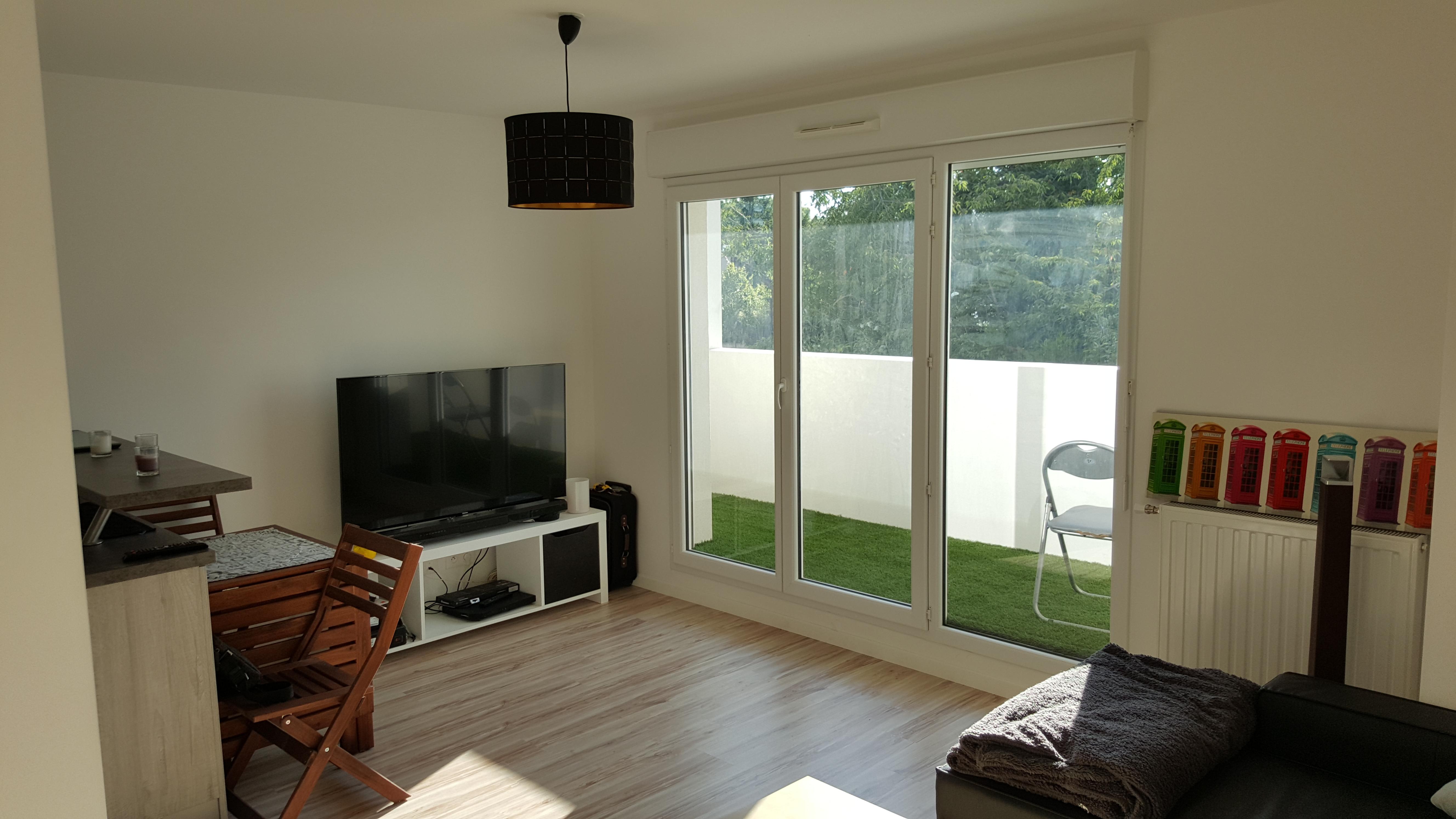 appartement appt bbc t2 avec parking et sous sol le de france. Black Bedroom Furniture Sets. Home Design Ideas