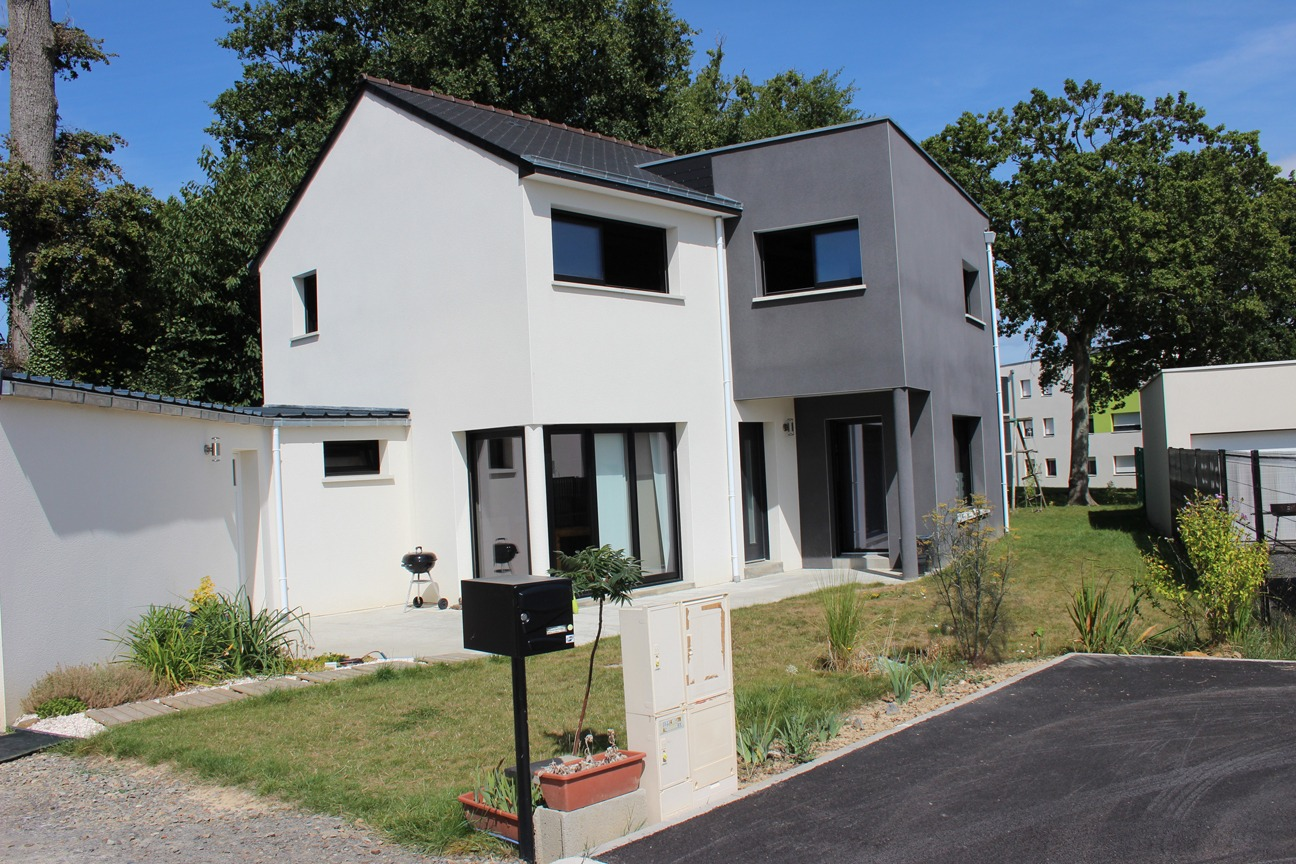 Modele villa basse maison moderne for Modele villa basse moderne